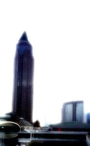 Der Messeturm in Frankfurt